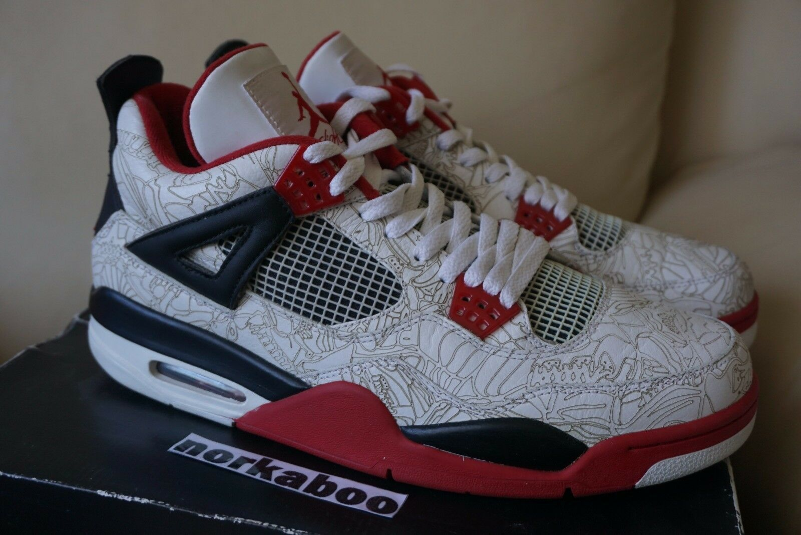 Air Jordan IV 4 Retro Weiß Laser 308497-161 fire rot doernbecher db 12