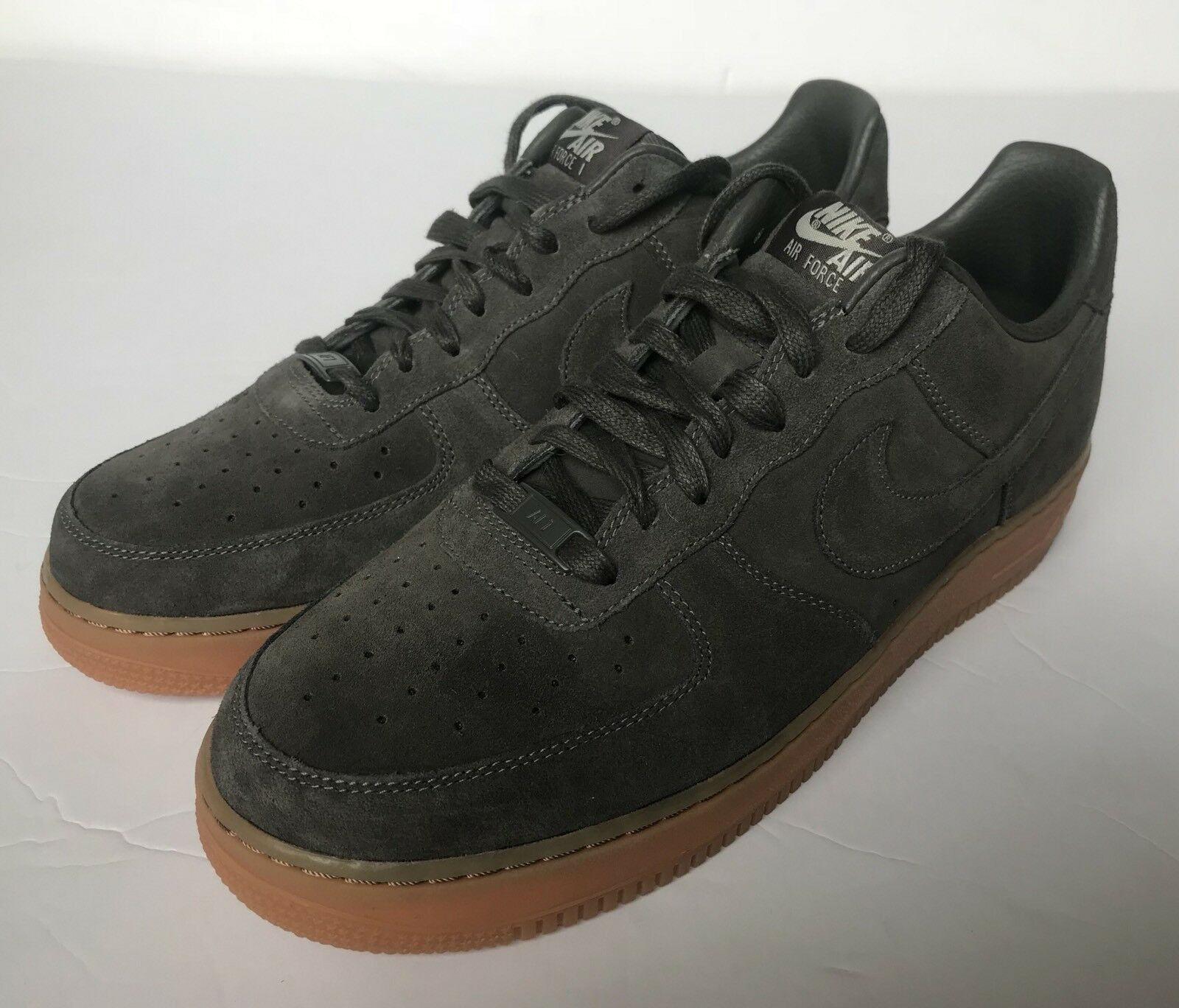 Nike ID Air Force 1 AF1 Suede Charcoal shoes 808791-983 Size 10.5 US