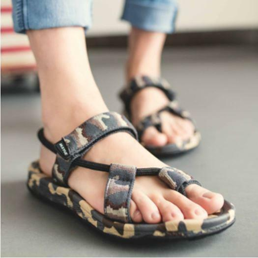 Mens Camouflage Casual Hollow Flip Flops Slip On Loafer Beach Roma Sports Sandal