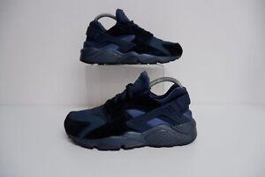 Nike Huarache Mens Trainers, Uk 7.5, Eu42, Dark Blue With Velvet ...