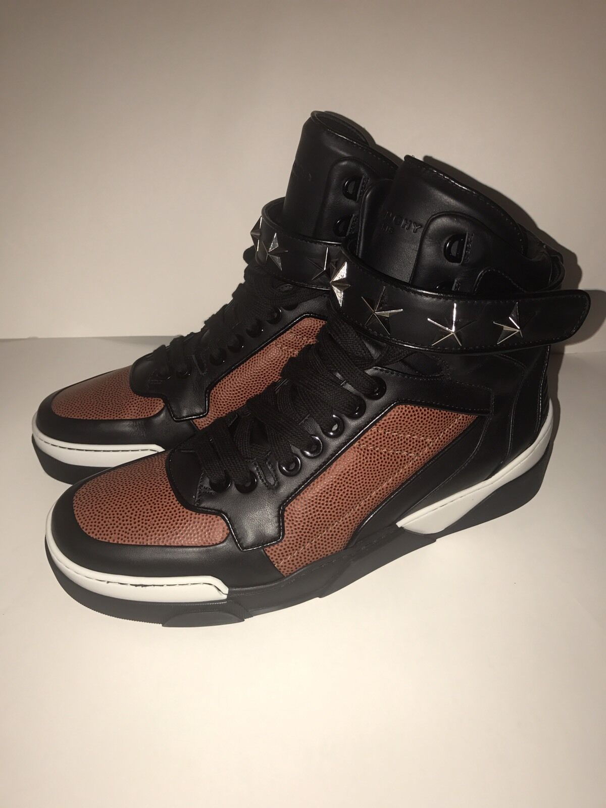 New Men's Givenchy Tyson Sneakers, Basketball Edition, Size EU44, 11 US,