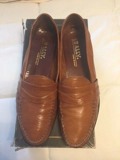 Bally Mens Slip on Loafers Driving Dress shoes Size 10.5 D TAN (Made in )