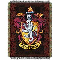 The Northwest Company Warner Bros Harry Potter Gryffindor`s Crest Tapestry Throw