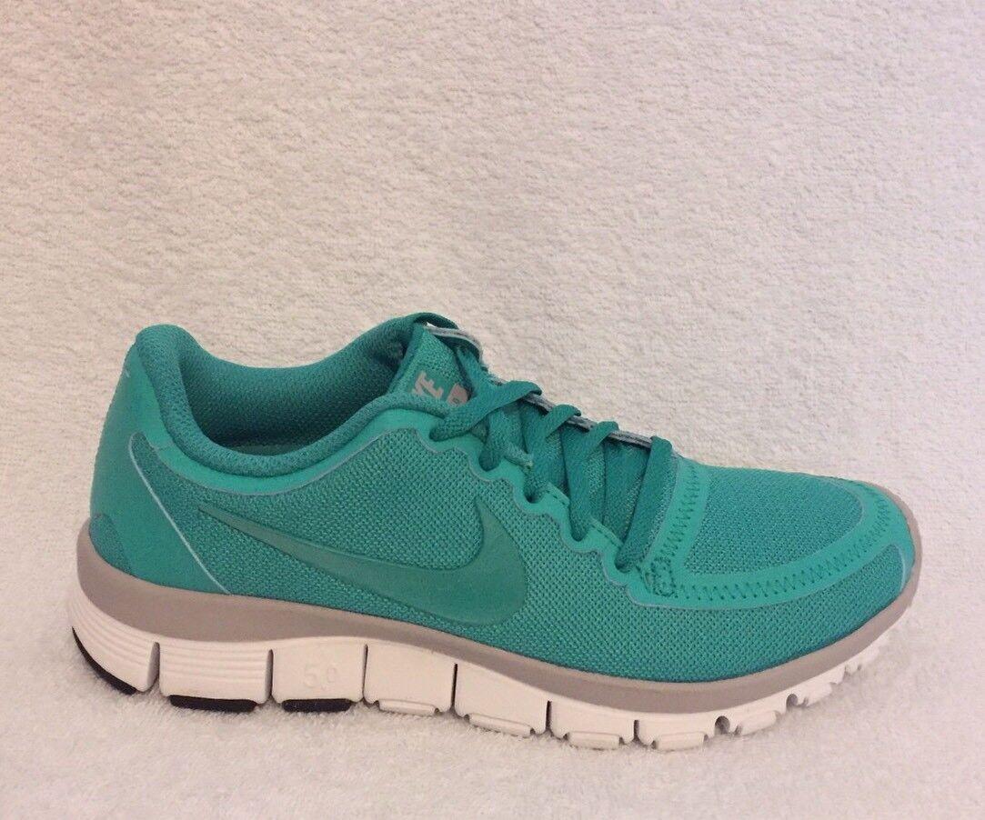 Nike Free 5.0 V4 Größe 3 (uk) BNIB
