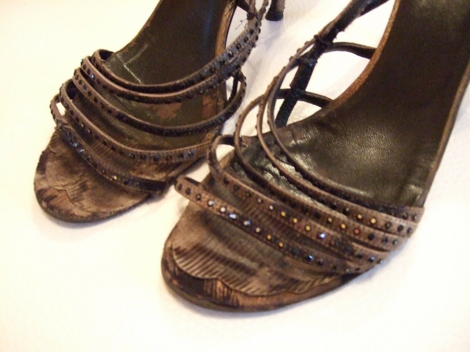 Valentino Damenschuhe Größe 39,5 Farbe Bronze-Khaki