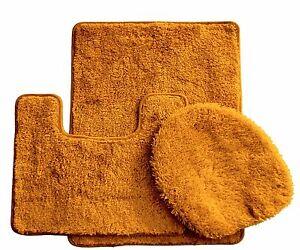 3-Piece-Luxury-Acrylic-Bath-mat-set-Made-with-100-Polypropylene-Gold