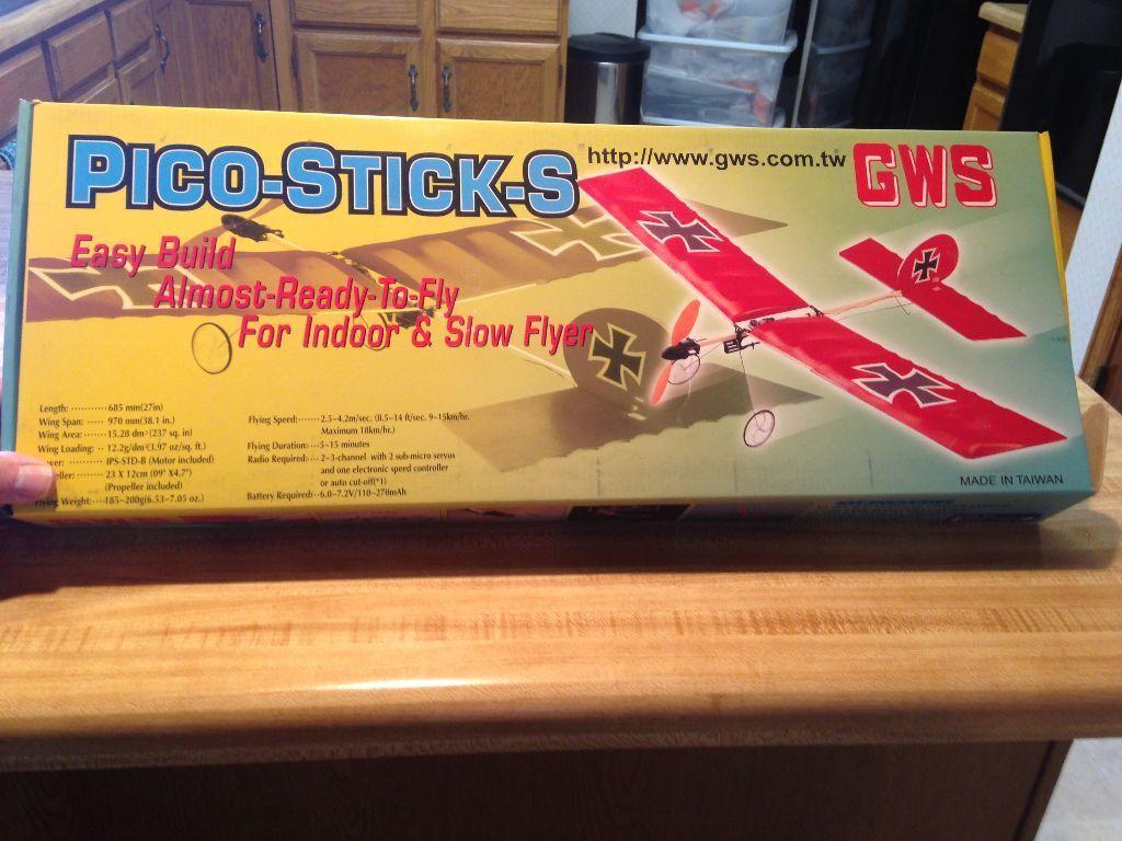 Nuevo R C GWS Pico Palo S Trainer ARF Kit con Motor