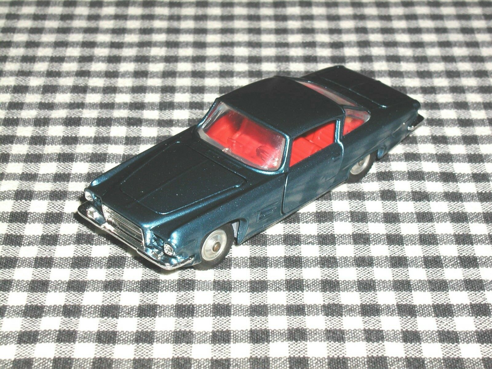Corgi Toys 241 Chrysler Ghia L6.4 V8 bluee Metallic Restored