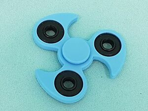 Fidget-detraque-bleu-clair-Ninja-doigt-main-toupie-ADHS-EDC-anti-stress-Spinnerz