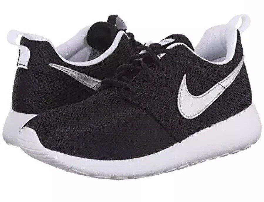 Nike Roshe One (GS) Black Metallic Silver White Running Sz Sz Sz 7Y shoes 599728 021 fe3f3c
