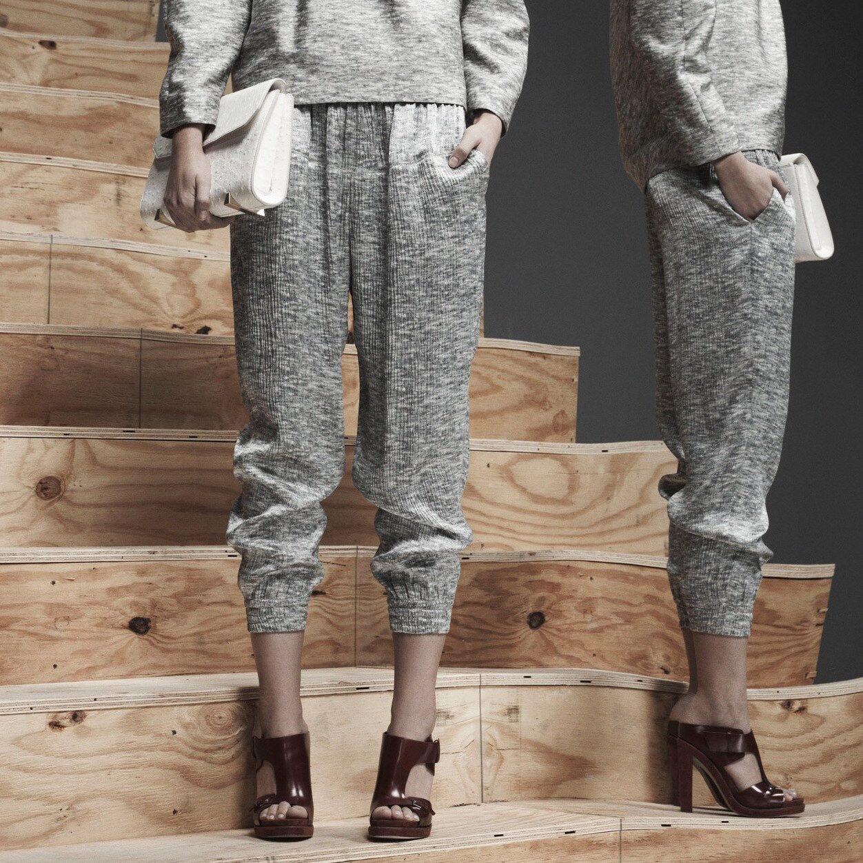 ALEXANDER WANG 'Sweatshirt' 100% Silk Track Pants Größe 4 (MSRP  695)