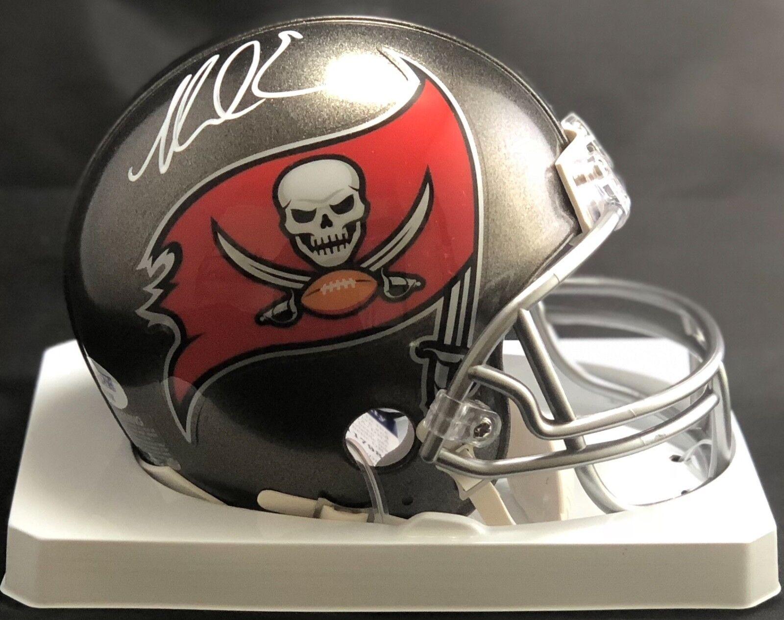 Mike Evans Dédicacé Signé Mini Casque NFL Tampa Bay Buccaneers PSA Coa