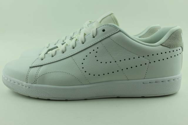 best website f806a b1168 Nike Tennis Classic Ultra Leather Men Size 10.5 Summit White RARE for sale  online  eBay