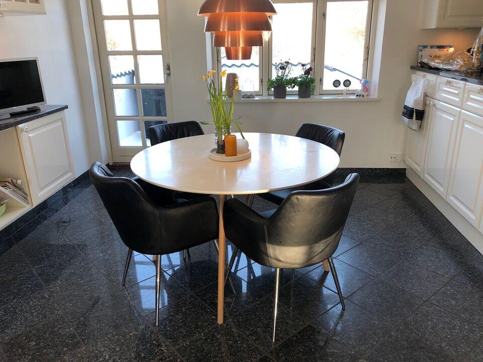 Spisebordsstol, Kunstlæder, Fra Sinnerup
