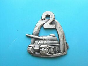 722-POLAND-WWII-EXILE-2nd-WARSAW-ARMOURED-TANK-DIVISION-BADGE-sterling-rare