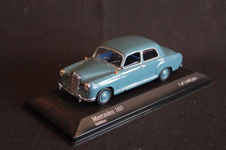 Minichamps Mercedes-Benz 180 1953 - 1957 1 43 Hellblau (JS)