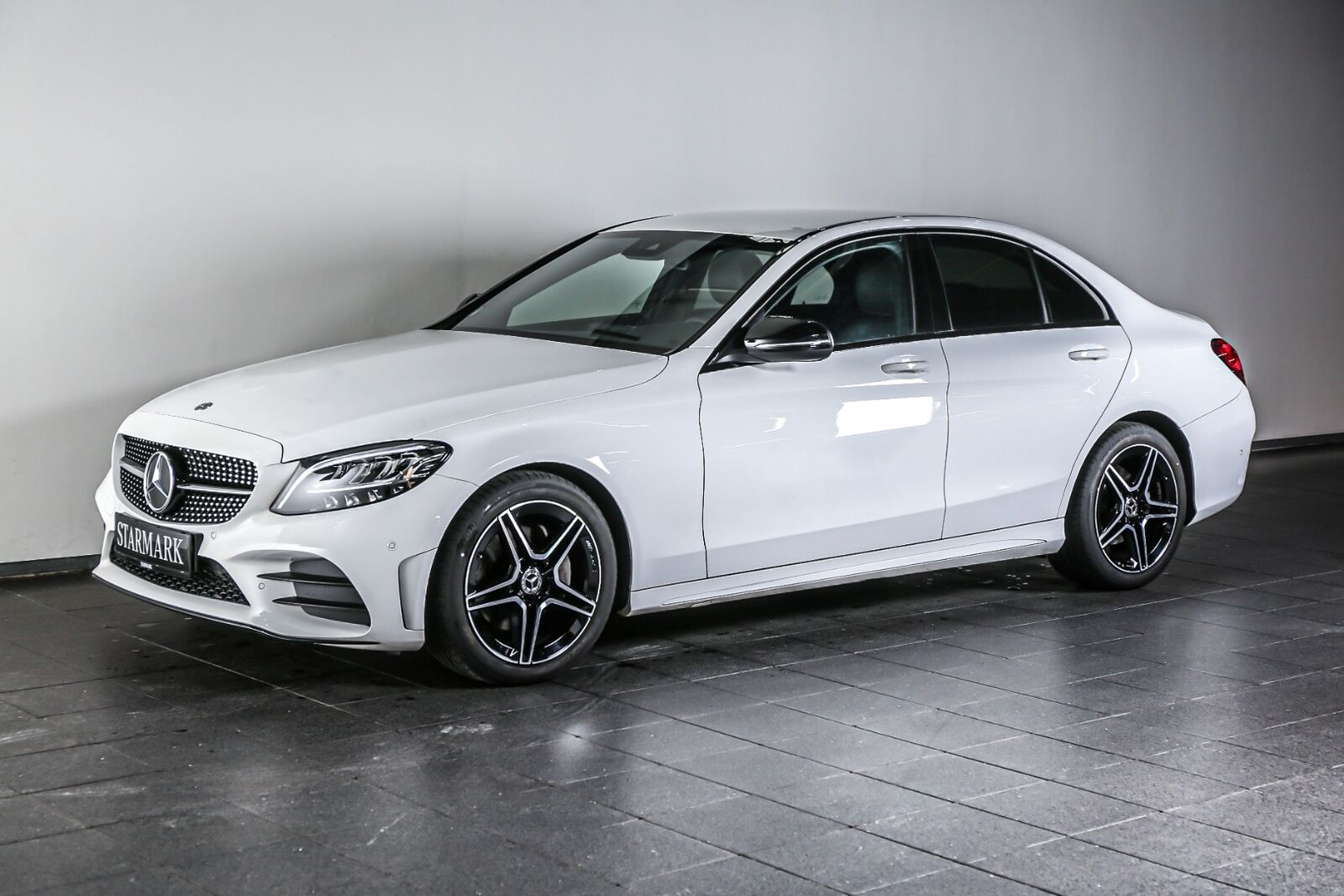Mercedes C200 1,5 AMG Line aut. 4d - 484.900 kr.