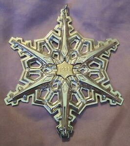 1983-Gorham-Sterling-Silver-Annual-Christmas-Snowflake-Ornament-3-1-4-034