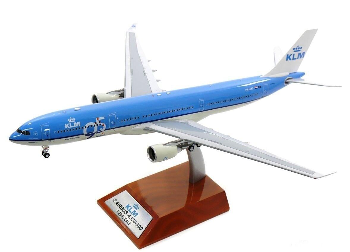 Inflight 200 IF333KLM001 1 200 KLM Airbus A330-300 ph-AKF 95 años con Soporte