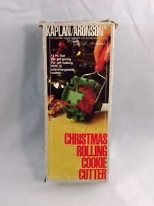Kaplan Rolling Christmas Cookie Cutter Vintage 13 Piece Set Style 01224
