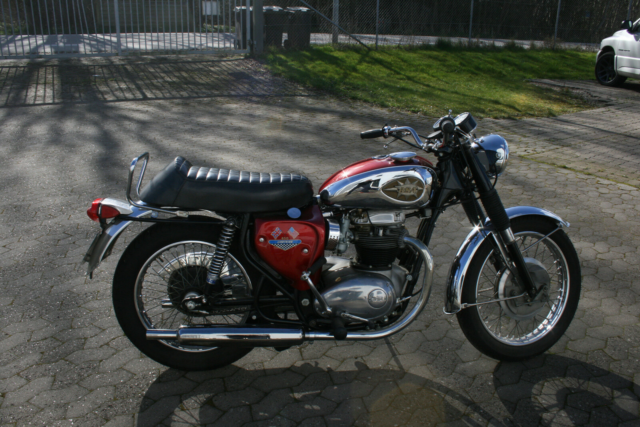 BSA, 650 Lightning, ccm 650, 1967, km 50, Rød/chrom,…
