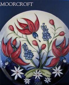 MOORCROFT-POTTERY-YEAR-PLATE-2001-boxed
