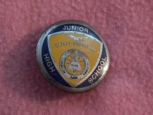 1950s-AAA-Junior-High-School-Safety-Committee-Pin