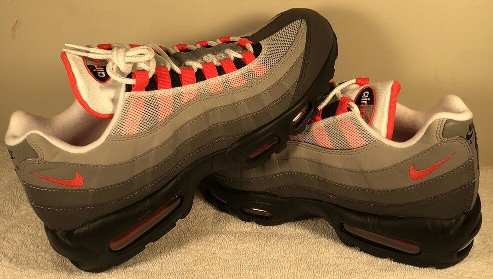 Nike Air Max 95 White Grey Solar Red Black 10 DS