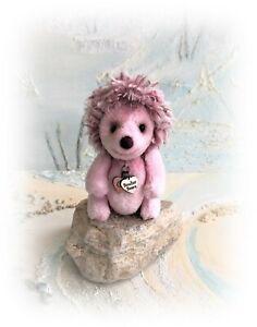 3-1-2-034-Faux-Fur-Pink-Hedgehog-OOAK-Little-jointed-Artist-Bear-one-off-Design