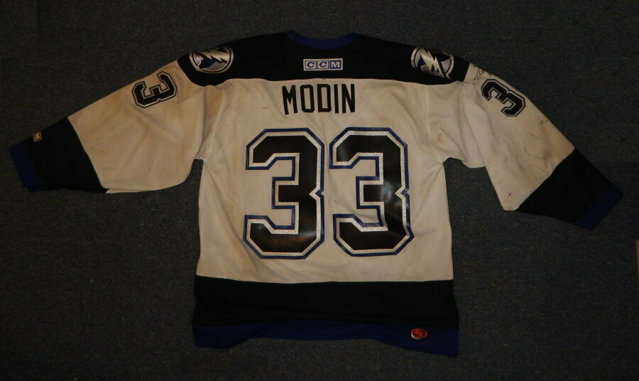 Fredrik Modin Tampa Bay Lightning Game Used Autograph Jersey  R16962
