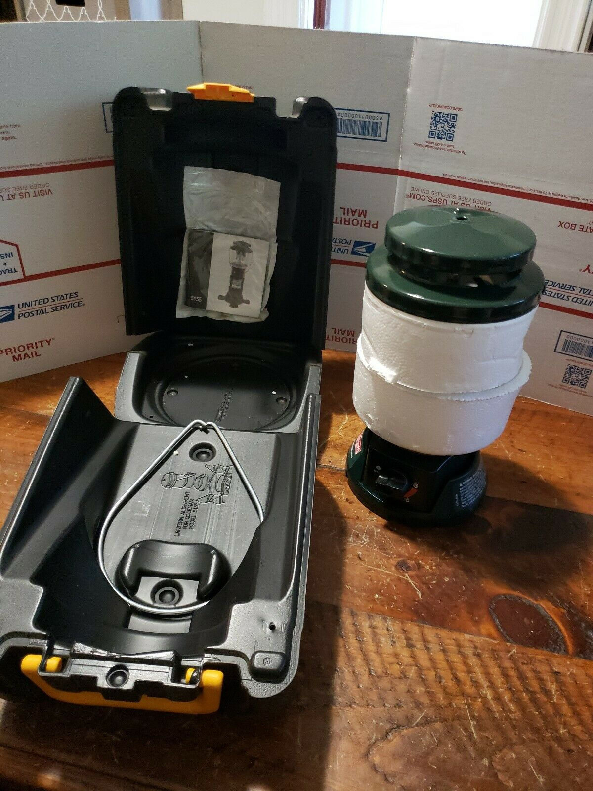 New Open Box Coleman Propane  Lantern With Carry Case Model 5155  cheap and high quality