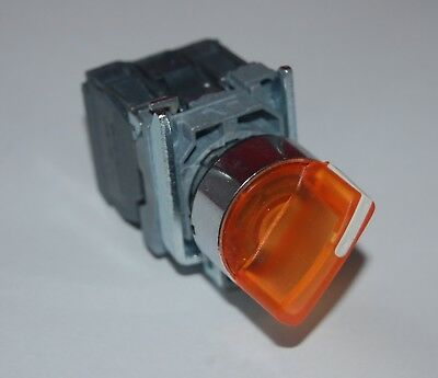 22mm ILLUMINATED Select switch 3 Position Fits Blue XB4BK136G5 120V Maintained