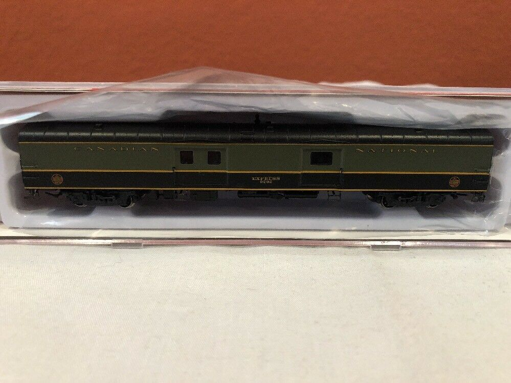 N SCALE RAPIDO TRAINS BAGGAGE EXPRESS