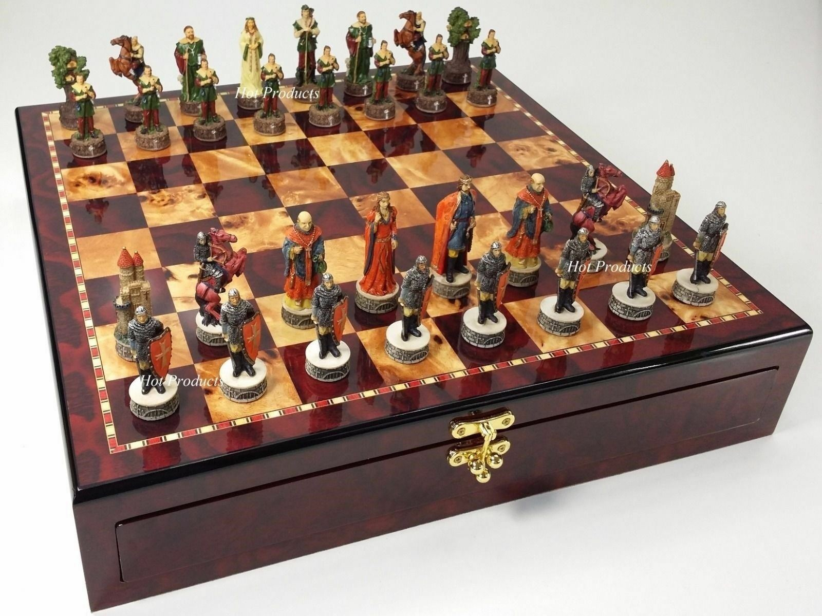 best-seller Medieval Times ROBIN HOOD Chess Set W  Cherry Coloreeee Coloreeee Coloreeee STORAGE tavola  negozio outlet