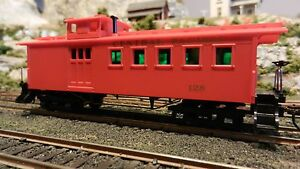 Mantua-Tyco-HO-Old-Time-Drovers-Caboose-Central-Pacific-Knuckle-Couplers-NIB