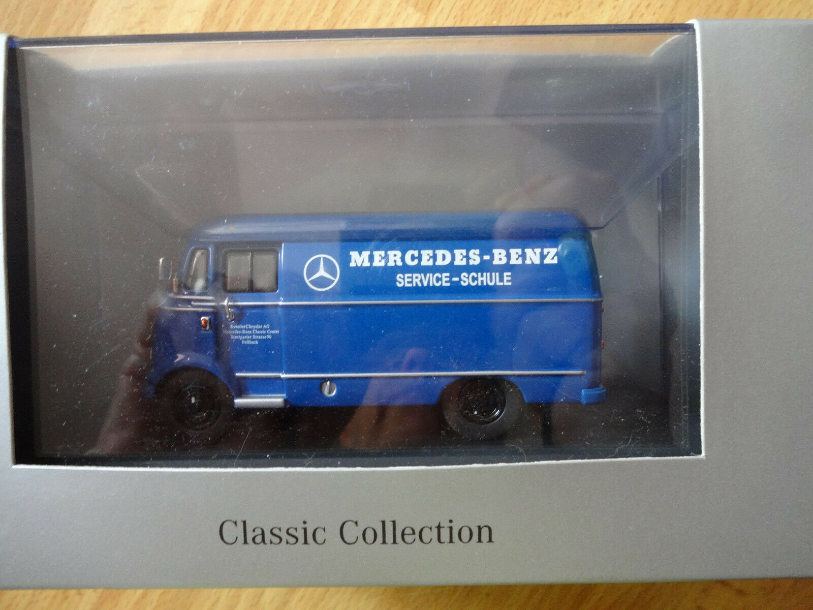 Mercedes Benz L 319 319 319 commercialisée en Concession Mercedes 58e4b7