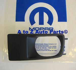 OEM Fog Light Lamp Bezel LH Driver Side Black for Dodge Magnum Charger SRT 8 New