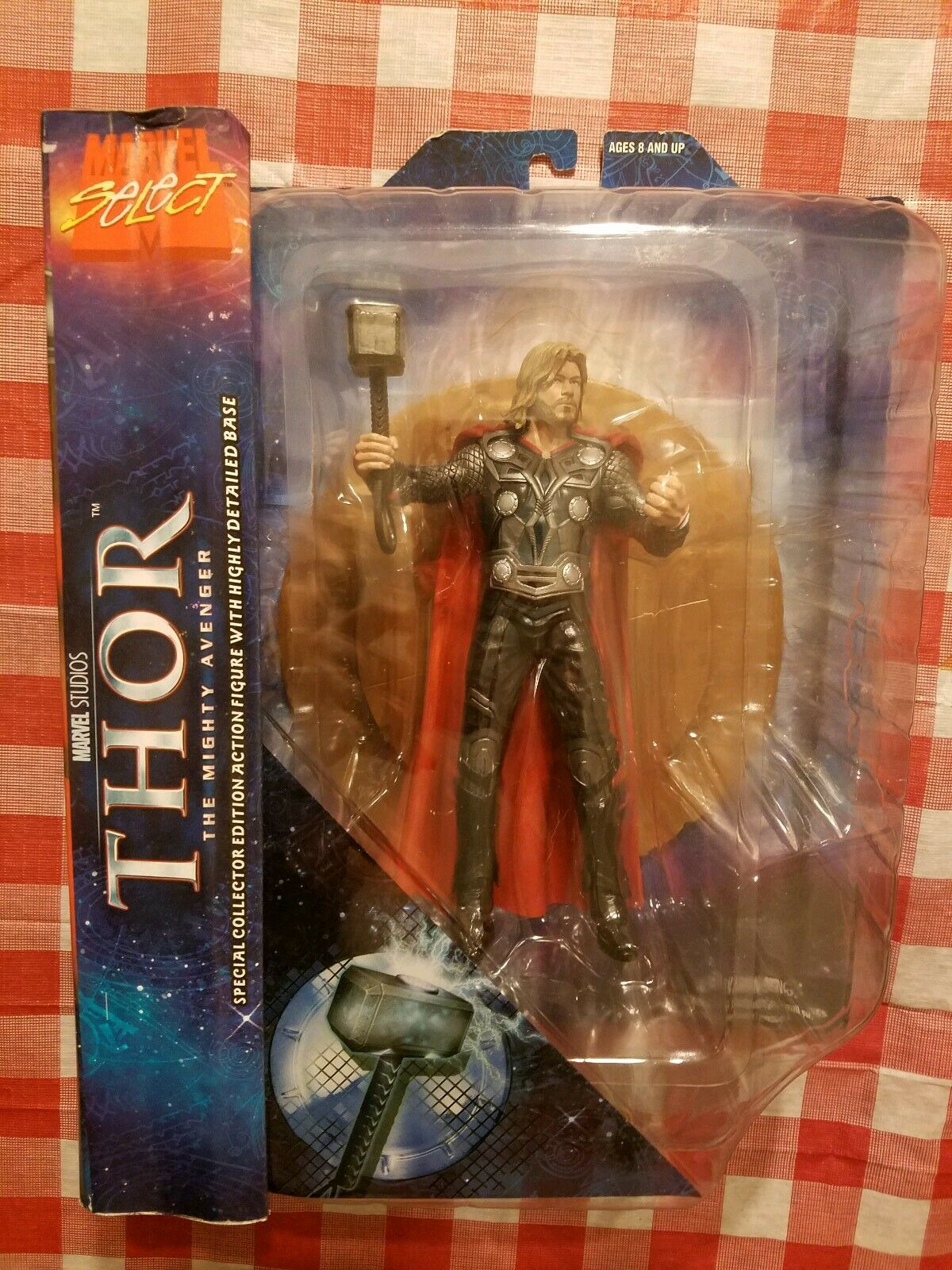 Thor  The Mighty Avenger Special Edition Movie Action Figure Marvel Select