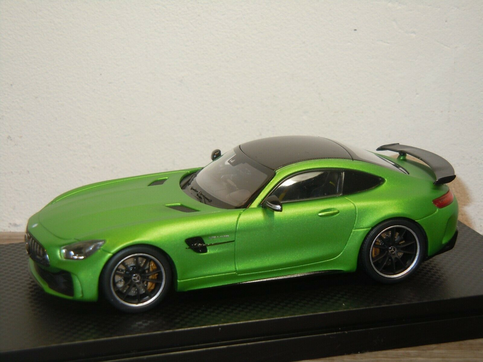 Mercedes AMG GT R - Almost Real 1 43 in Box 37510