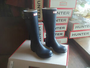 Image is loading HUNTER-WELLIES-WELLINGTONS-IN-HALIFAX-SIZE-7-NAVY-