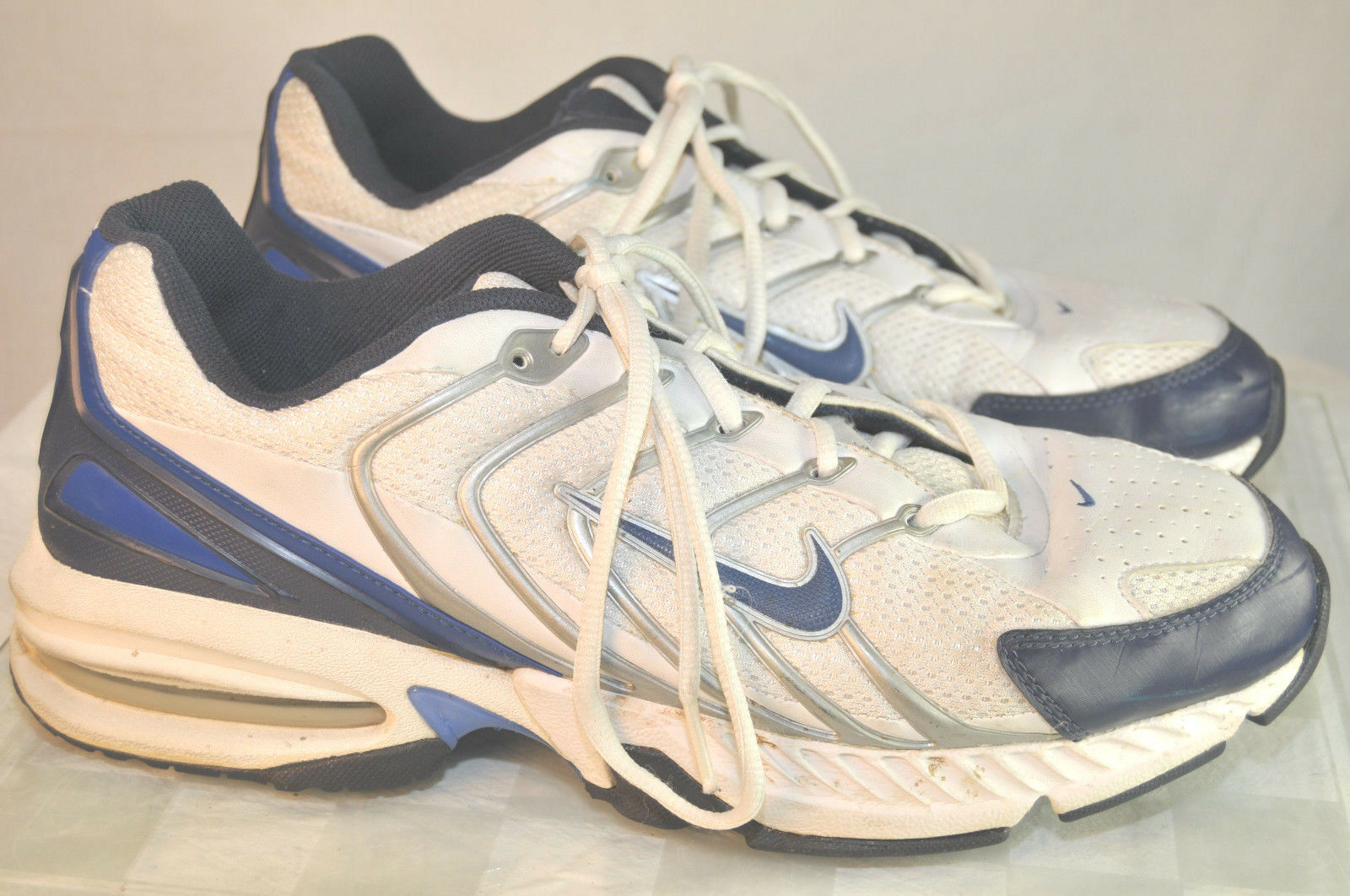 NIKE MAXAIR Dri-Fit Running Shoes Mens SIZE 11 White w Navy (310248-141)