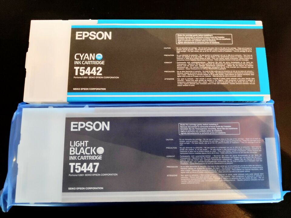 Epson Cyan (T5442) og Light Black (T5447) Blæk