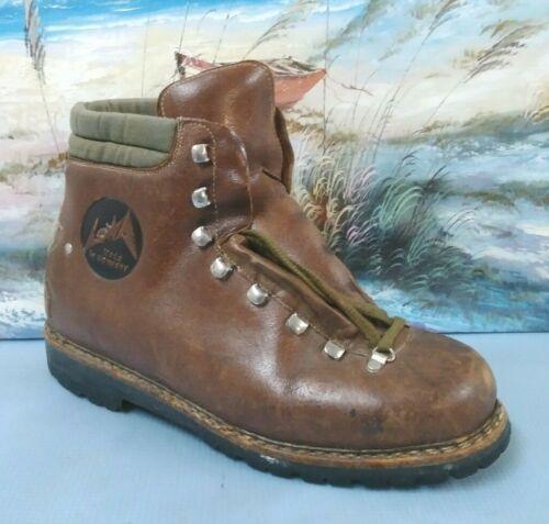 LOWA Mountaineering Boot Men size 9 Brown Waterpr