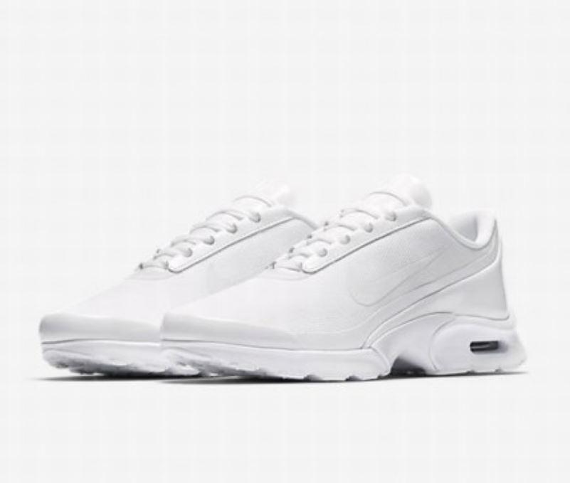 Nwt Nwt Nwt Damen Nike Air Max Schmuck Turnschuhe Torch Aufeinanderfolgend Weiß 896194  | Sehr gute Farbe  e5073e