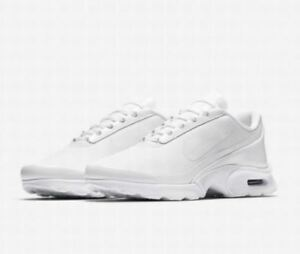 6b21ee67a1f87 NWT Women s Nike Air Max Jewel Training Shoes Torch Sequent White ...