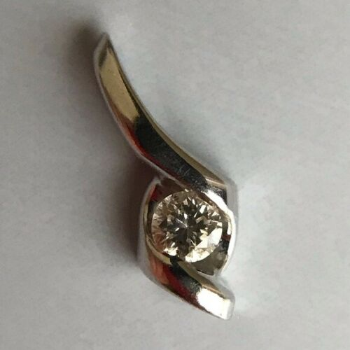 14K white gold .05 Diamond Sirena Pendant