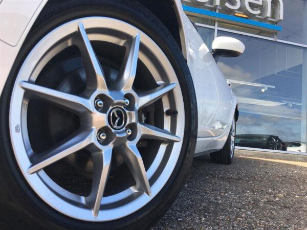 Mazda MX-5 1,5 Sky-G 131 Roadster billede 2
