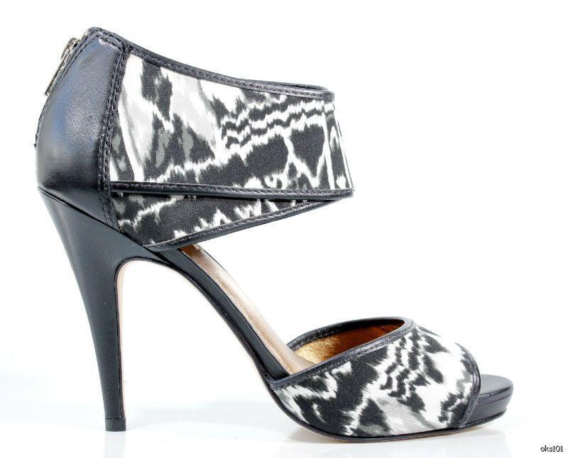 New  355 CYNTHIA VINCENT black white back zipper platforms shoes 9.5 - gorgeous