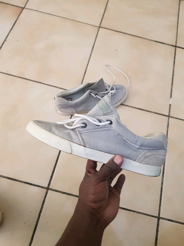 Levi's Shoes (USED)