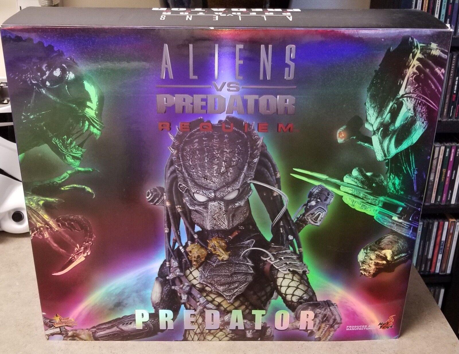 Hot Toys Alien vs PROTator Requiem Movie Masterpiece PROTATOR